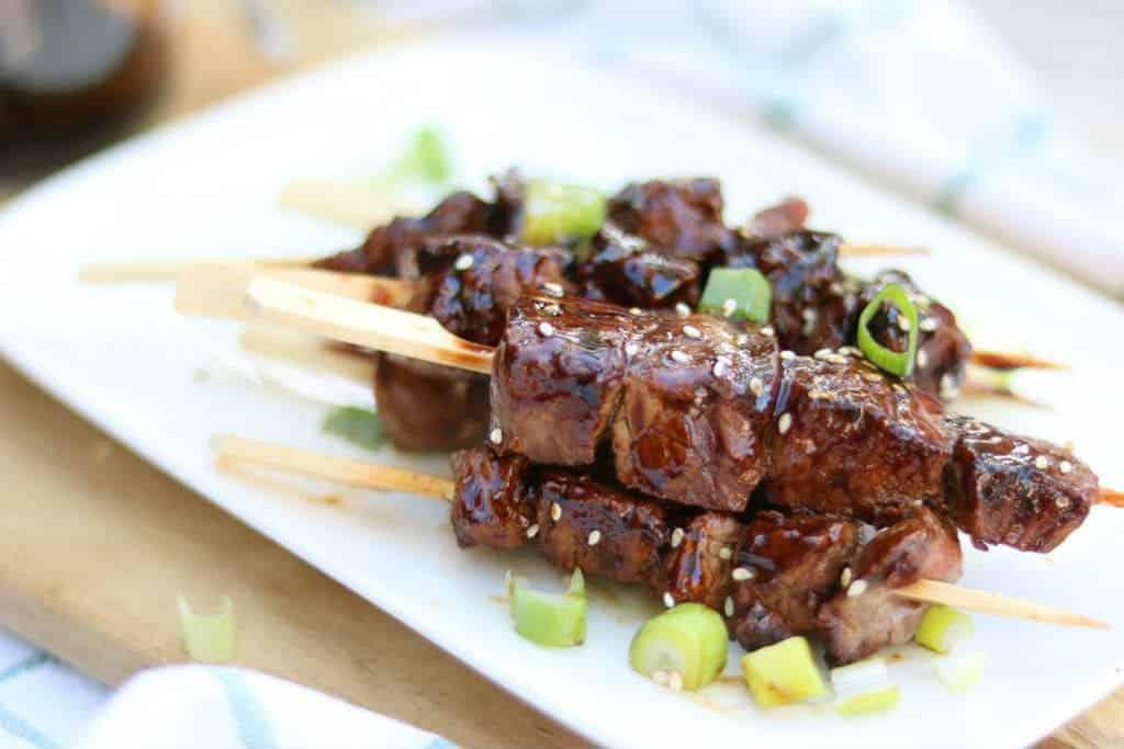 Teriyaki spiesjes met varkenshaas van de barbecue RECEPT