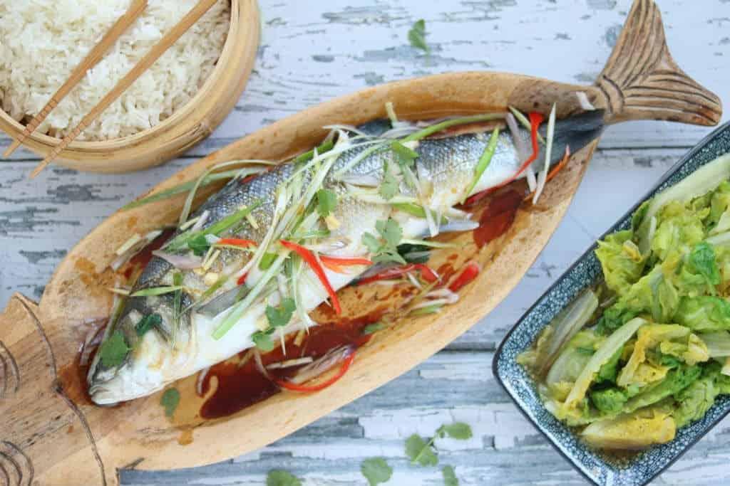 Gestoomde Hele Vis Met Geblancheerde Groente Lekker Eten Met Linda