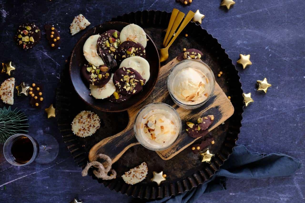 Affogato koffie met ijs en chocolade flikken