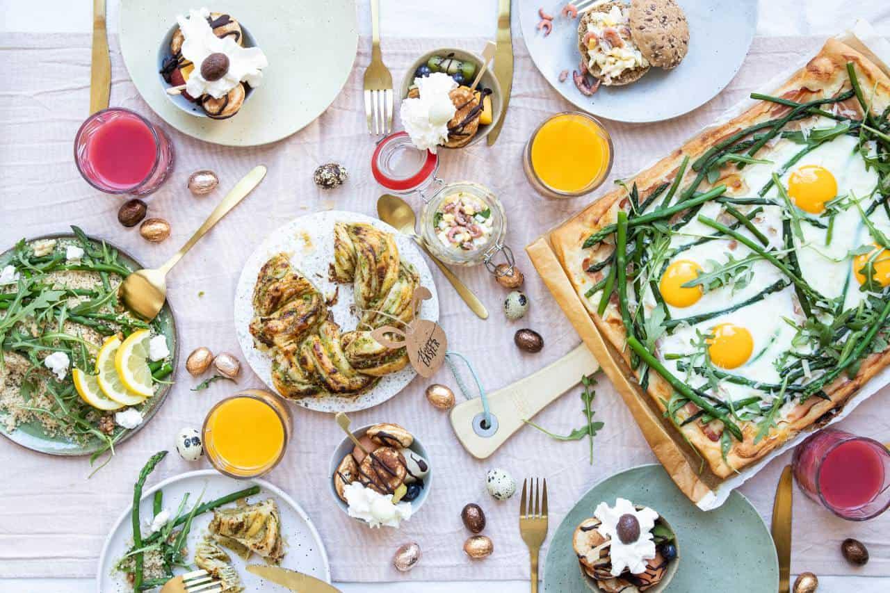 5 makkelijke paasbrunch recepten. Bekijk de blog voor de bereidingen.