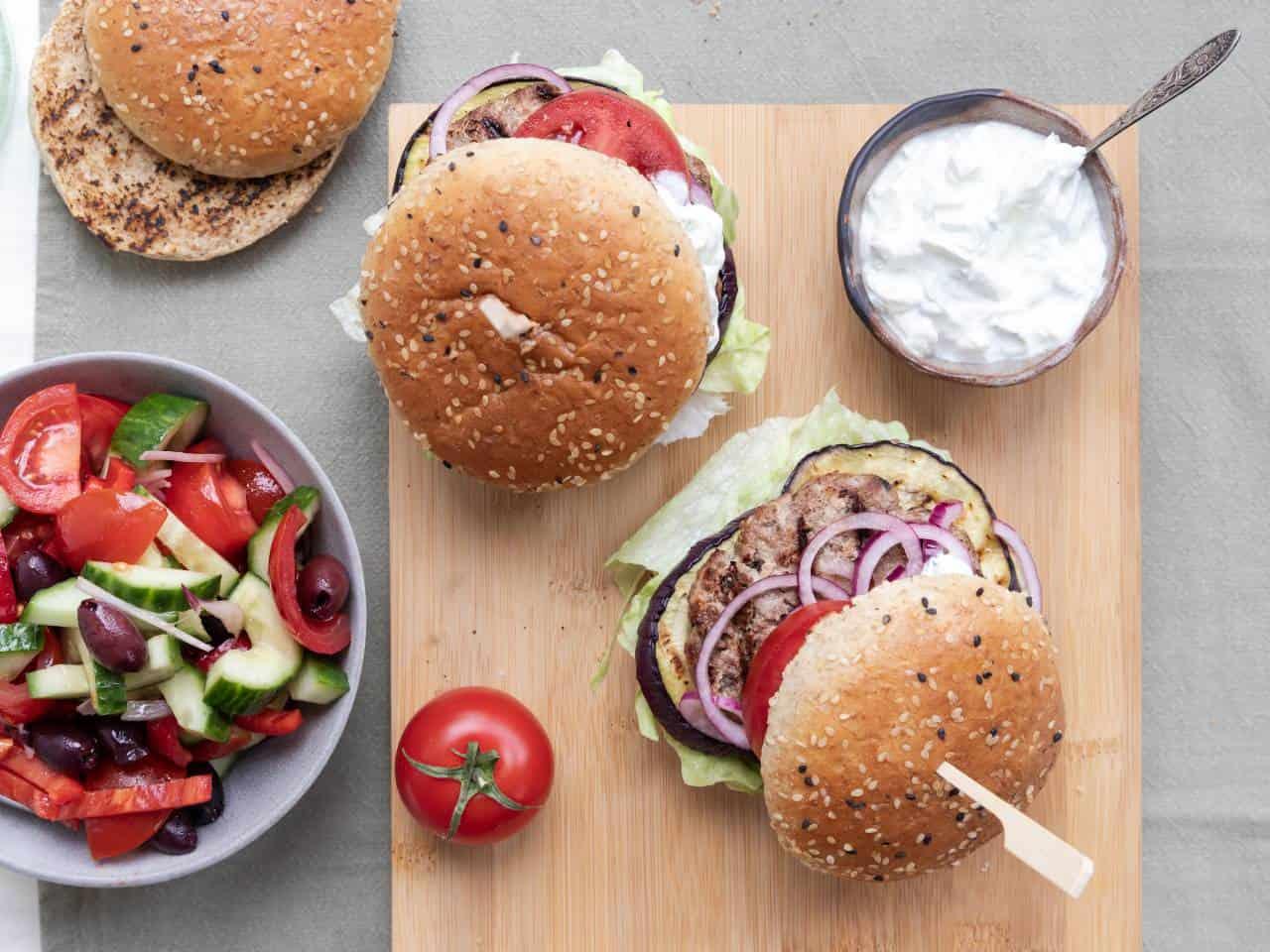 Griekse hamburger met feta